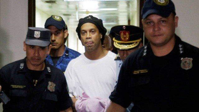 Ronaldinho Gaúcho está preso há mais de uma semana em presídio no Paraguai Foto: Jorge Adorno / Reuters
