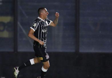 ESPORTES: Corinthians vence Vasco e mantém invencibilidade de 10 anos.