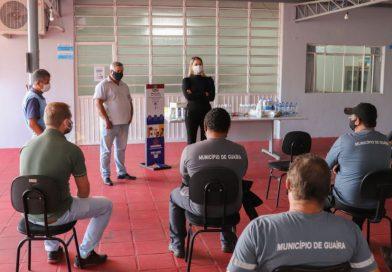 Guaíra Secretaria de Educação realiza reunião com equipe escolar.