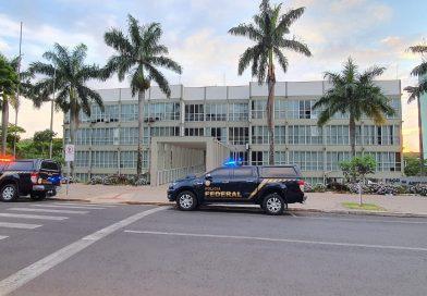 Polícia Federal deflagra operação que investiga crimes de corrupção, cerca de 120 policiais federais cumprem 28 mandados judiciais em municípios do Estado do Paraná e do Estado do Pará